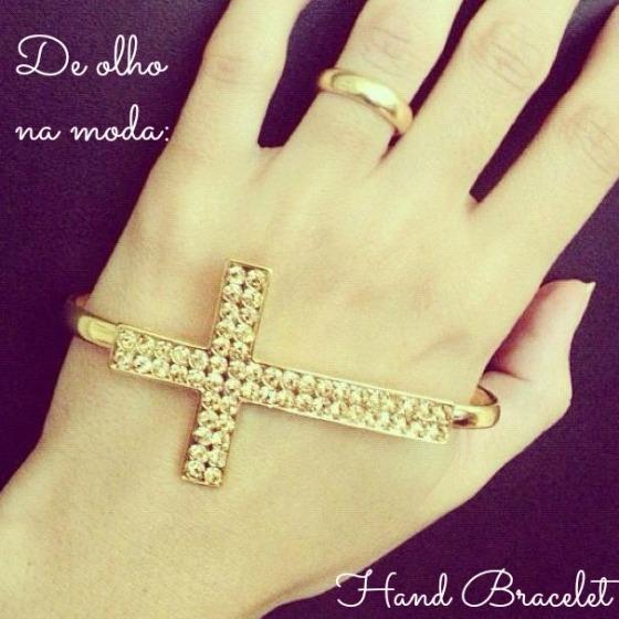 hand b